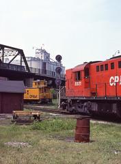 CP0019 (ex127so) Tags: toronto west yard cp 1980 lambton on rsd17