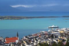 Algal blooms in Molde and Romsdalsfjorden (torehum) Tags: sea algae molde romsdal mreogromsdal