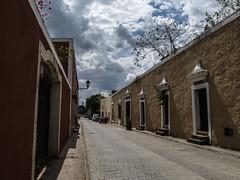 "Valladolid: calzada de los frailes <a style=""margin-left:10px; font-size:0.8em;"" href=""http://www.flickr.com/photos/127723101@N04/25956912655/"" target=""_blank"">@flickr</a>"