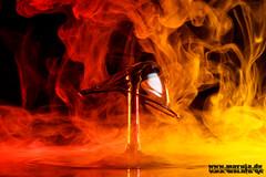danger of fire (michaelfritze) Tags: wasser bubbles drop splash liquids highspeed wassertropfen tropfen tats highspeedphotography fontne liquidart strobist farbtropfen hochgeschwindigkeitsfotografie liquiddrop stopshot michaelfritze