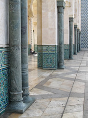 Casablanca (mariamartins155) Tags: arquitetura casablanca marrocos colunas coluna