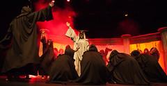 Corifeo e coro (DivesGallaecia) Tags: teatro tragedy esquilo coro tragedia aeschylus eumenides eumnides traxedia seecgalicia erinias corifeo