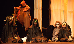 Coro e Erinias (DivesGallaecia) Tags: teatro tragedy esquilo coro tragedia aeschylus eumenides eumnides traxedia seecgalicia erinias