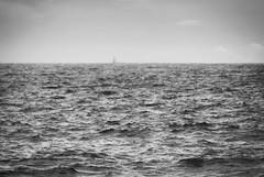 mar (amargureiro) Tags: light sea blackandwhite bw blancoynegro contrast daylight boat nikon atlantic galicia pontevedra riasbaixas sailingboat d80 75300mmf4556af