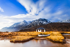 Still Private (Stoates-Findhorn) Tags: winter snow ice clouds private scotland boat unitedkingdom cottage an le boathouse torridon lochan liatach lasgair