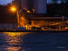_61A4379.jpg (fotolasse) Tags: karlshamnfåglarlångaexponeringar karlshamn storm blåst vatten rågar hamn hav sjö båtar water sea birds rocks klippor