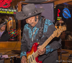 Blues Legend Guitar Shorty (MarcCooper_1950) Tags: portrait musician music bar nikon guitar livemusic blues guitarist hdr lightroom guitarshorty d810 losangelesmusic marccooper mauisugarmillsaloon cadillaczackshow hendrixbrotherinlaw