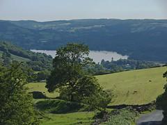 Ambleside from the Struggle (nisudapi) Tags: uk landscape view lakes lakedistrict pass hills cumbria paraglider ambleside windermere ullswater kirkstonepass 2015 kirkstone