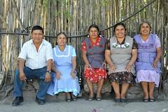 Navarro Gomez Family Oaxaca Mexico (Ilhuicamina) Tags: people mexico artist gente families mexican oaxaca weavers tejedoras jalieza navarrogomezfamily