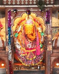 Gaea (Shrimaitreya) Tags: india colors ganesha colorful indian ganesh hindu hinduism jaipur rajasthan ganapati