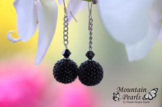Black beaded earrings, Miyuki beads and Swarovski crystals