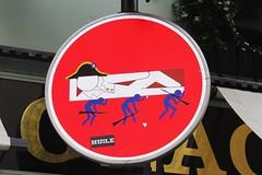 Clet_5645 rue Jacob Paris 06 (meuh1246) Tags: streetart paris panneau soldat napolon ruejacob paris06 clet cletabraham