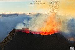 Eruption du Piton de la fournaise 2015 (LR Photographies) Tags: volcano runion volcan iledelareunion iledelarunion pitondelafournaise volcanique fournaise cne ledelarunion ruption ruptif lrphotographies photographe974 photographerunion photopaysagerunion ruptionfournaise paysagesdelarunion pitonkallaetpel