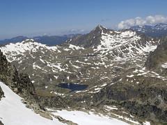 Widok na północ z Col Comalesbienes