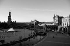 IMG_9229 (Lauro Meneghel) Tags: urban water landscape sevilla spain andalucia espana andalusia spagna siviglia