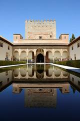 Alhambra, Patio de los Arrayanes (Laurent Stempfel) Tags: grenade alambra
