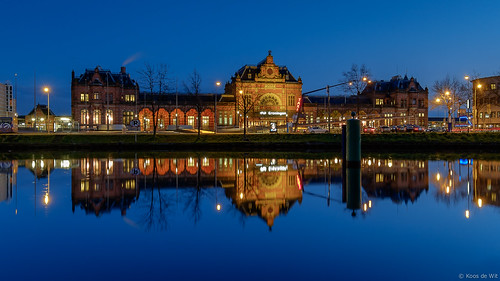 Groningen Railway Station at blue hour