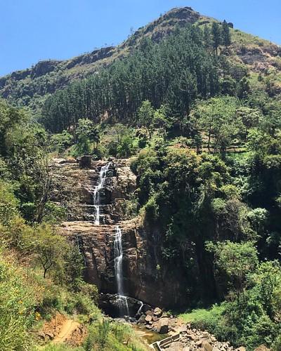 Ramboda Falls #ramboda #srilanka #wanderlust #wanderjinn