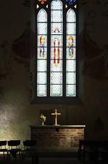 Estland_15_27 (anne.ausems) Tags: church cross kerk glasinlood kruis