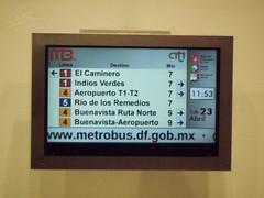 Pantallas de Informacion en Estaciones (tonypatriot2901) Tags: mxico de centro ciudad transporte metrobus citi inteligente metrobs informativo cdmx