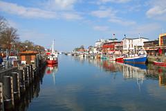 Rostock-Warnemnde - Alter Strom (www.nbfotos.de) Tags: warnemnde boote rostock mecklenburgvorpommern fischerboote alterstrom