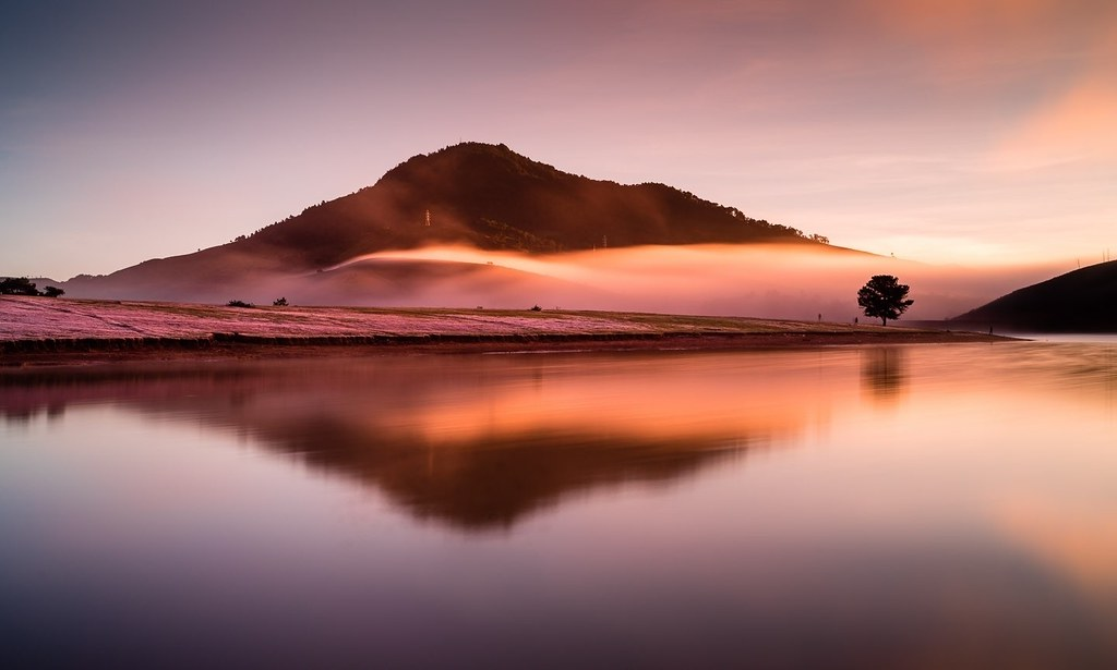 Hồ Đá Bàn