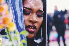 cArnival: 'strange, i've seen that face before' (gregjack!) Tags: street carnival people france colour french cotedazur dof streetphotography gracejones kingofmedia nicecarnival2016
