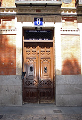 Puerta (Rafa Gallegos) Tags: madrid door espaa spain puerta