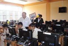 Donacin de equipos informticos a centro educativo de la regin de Tumbes (Cancillera del Per) Tags: centro per anderson computadoras educativo amaru tumbes cancillera embajador donacin tpac