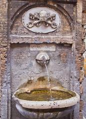 Aqua Marcia (schreibtnix) Tags: italien italy rome travelling water fountain reisen wasser brunnen rom aquamarcia olympuse5 schreibtnix