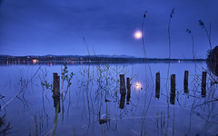 Full Moon over Greifensee (swissukue) Tags: moon reflection switzerland sony moonlight greifensee