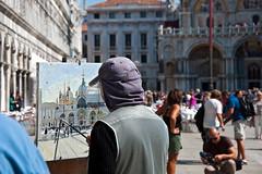 To get a piece of Venice (gerhard.1962) Tags: street italien venice italy nikon artist picture draw venedig malen künstler markusplatz sehenswürdigkeit d90 pointofinterest nikond90 popularpastime