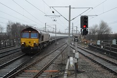 "English Welsh & Scottish Railways Liveried Class 66/0, 66083 (37190 ""Dalzell"") Tags: gm shed northwestern revised wigan generalmotors class66 ews 66083 maroongold class660 dbschenker englishwelshscottishrailways"