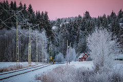 """""""Cabin red by the railroad."""" (cablefreak) Tags: railroad winter snow rural landscape lumix frost sweden dingle railway fz1000"""