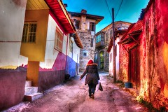 KULA MANSA (SONER DKER) Tags: road street old trip travel houses house turkey colorful outdoor trkiye ev eski evleri kula sokak turkei seyahat manisa renkli
