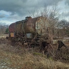 Lost in time (Jrn Pachl) Tags: railroad abandoned rust blackberry decay eisenbahn railway scrap decline hdr cellphonepics tankcar finsterwalde rustystuff cellphonephotography blackberry10 blackberryclassic
