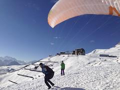 Gleitschirmfliegen-Winter-Aletsch-Arena-10-Kaja-Gensetter (aletscharena) Tags: schweiz wallis ch aletschgletscher gleitschirm unescowelterbe fiesch gleitschirmfliegen aletscharena aletscharenach