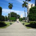 "Avenida de los Presidentes <a style=""margin-left:10px; font-size:0.8em;"" href=""http://www.flickr.com/photos/14315427@N00/24736357709/"" target=""_blank"">@flickr</a>"