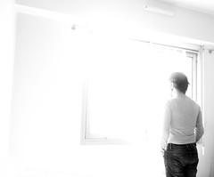 Devant le Rien  Je, Nanterre, 12 fvrier 2016 (Stphane Bily) Tags: portrait blackandwhite bw white selfportrait man me myself nanterre noiretblanc retrato nb homme selfie hautsdeseine selbstbildnis i stphanebily