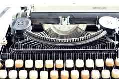 My nh ch (Nh Qu) Tags: typewriter madeinjapan maydanhchu