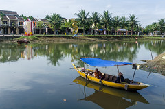 Tourists watching (bambo_85) Tags: people river relax boat nikon asia vietnam hoian asianpeople d5100