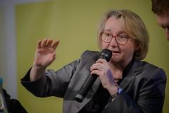 Theresia Bauer (Vodafone Stiftung Deutschland (VSD)) Tags: berlin veranstaltung hbs vaart heinrichbllstiftung bll vatitel wiebreitistdiespitzediezukunftderexzellenzinitiative berlinerhochschuldebatte