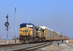 North Leipsic (GLC 392) Tags: auto light ohio color lights dwarf north oh 35 signal position racks cpl csx 223 autorack yn2 leipsic cpls cw44ac ac4400cw q243