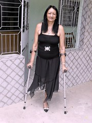 amp-1100 (vsmrn) Tags: woman crutches amputee onelegged