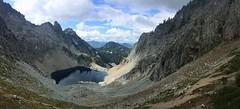 Chair Peak Lake from Melakwa Pass (Sean Munson) Tags: alpinelakeswilderness alpinelakeswildernessarea chairpeaklake gemlake hiking lake mountbakersnoqualmienationalforest mountwright mountains mtbakersnoqualmienationalforest mtwright nationalforest panorama washington landscape