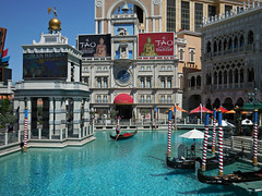 The Venetian Hotel and Casino (kenjet) Tags: vegas blue water hotel ride lasvegas nevada entrance casino gondola venetian thestrip gondolier venetianhotel lv