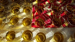 Reception Cider (Mamluke) Tags: reception cider glasses sunlight sunlit table tabletop glass cups juice liquid gold golden apple applecider mamluke cidre fabric tablecloth music sheetmusic heart circles sun luzdelsol lucesolare tageslicht zonlicht lumièredusoleil pink rose rosa roze langtryhouse langtry