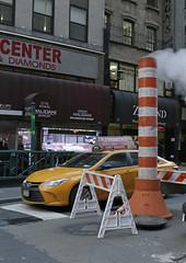 New York (Knoffelhuisie Photography.) Tags: newyork reflection america 5thavenue rockefellercentre amerika reflectie reflektie