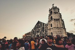 Nuestra Seora de la Porteria Parish Church, #Daraga, #Albay. The front of the church is filled with parishioners in preparation for the procession, Holy Week 2016. (hijo_de_ponggol) Tags: church parish de for la is with front holy filled week procession preparation the nuestra seora 2016 daraga albay porteria parishioners