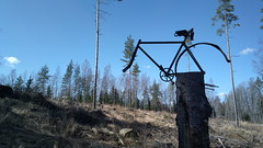 200km brevet: a warning about the steep hill? (hugovk) Tags: cameraphone warning finland cycling nokia spring hill april about bikeride hvk steep carlzeiss 2016 randonneur uusimaa 808 kevt brevet helsingin randonneurs 200km karkkila hugovk geo:country=finland camera:make=nokia pureview exif:flash=offdidnotfire exif:aperture=24 nokia808pureview exif:orientation=horizontalnormal camera:model=808pureview exif:exposure=1104 exif:exposurebias=0 exif:focallength=80mm exif:isospeed=64 geo:region=uusimaa geo:county=helsingin 200kmbrevetawarningaboutthesteephill randonneursfinland pitknmatkanpyrilijt suomenpitknmatkanpyrilijt suomenpitknmatkanpyrilij pitknmatkanpyrilij meta:exif=1460885341 geo:locality=karkkila